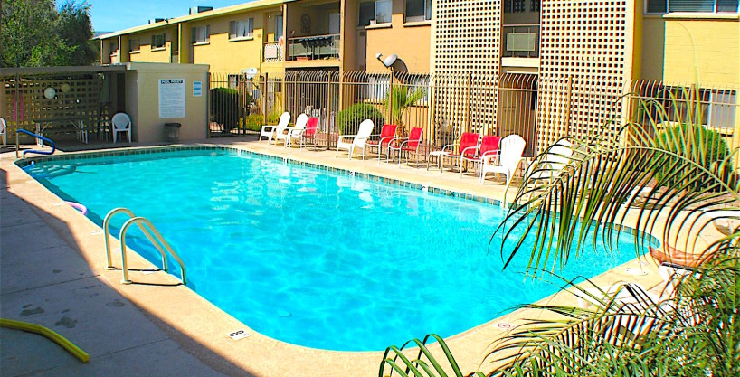 SOLD – Wow…Scottsdale Co-op living for under 60k…2 bed / 1 bath townhouse