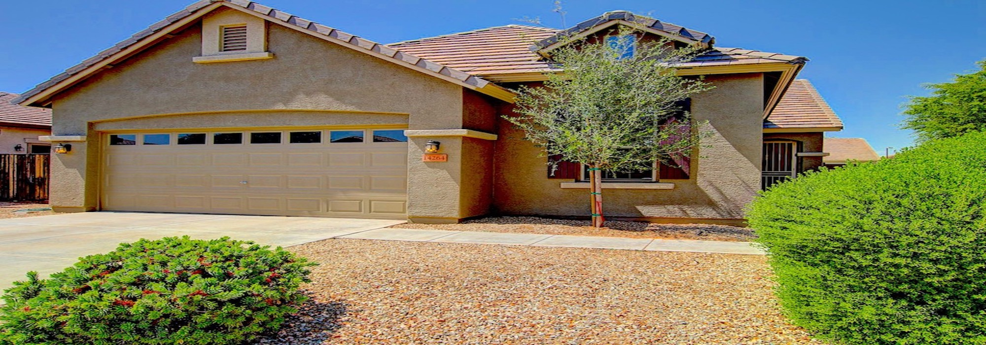 SOLD – Looking for that something special…here it is! Gorgeous Turnkey Sierra Verde Home