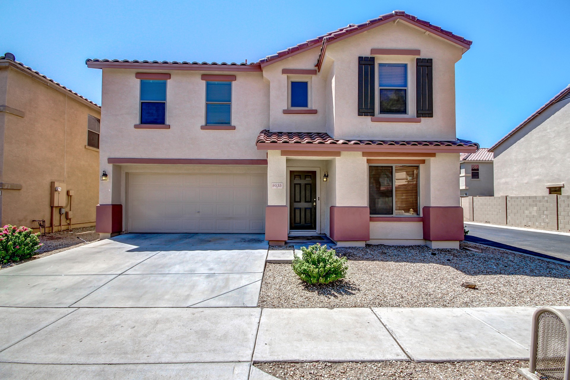 SOLD – Bright and Spacious ~ 4 bedroom ~ 2.5 bathroom ~ large open loft area ~ approx 2461 Square Feet ~ 2 car garage – under 175k